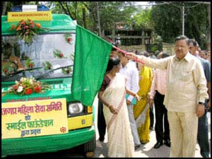 Chhattisgarh CM Dr. Raman Singh rolls out Smile on Wheels for the state in Raipur